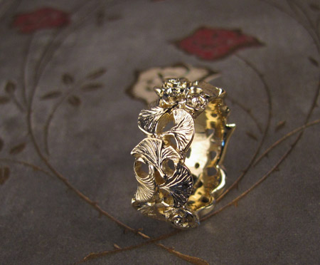 18K gold hand-carved rose and ginkgo leaf ring