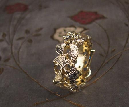 18K gold hand-carved rose and ginkgo leaf ring