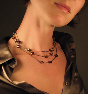 Chinese freshwater irradiated (bronze) pearl three-strand necklace