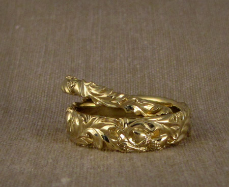 18K Carved Oak Leaf Wedding Bands