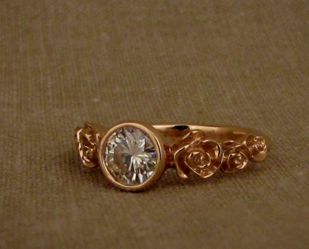 Carved rose solitaire - rose gold - 1ct
