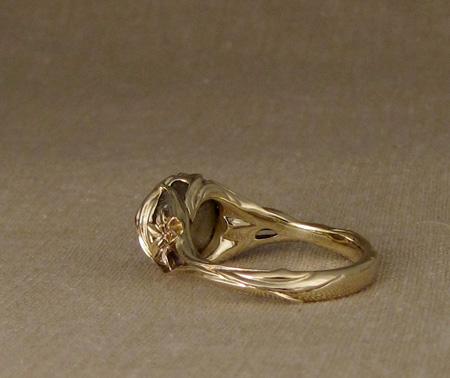 Art nouveau Iris ring, 14K & rough sapphire