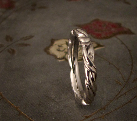 Art Nouveau leaf wedding band - 14K Palladium white gold