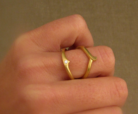 hand-carved split-ring in 22K with 2mm diamond
