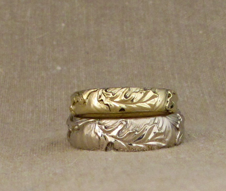 18K burr oak wedding bands