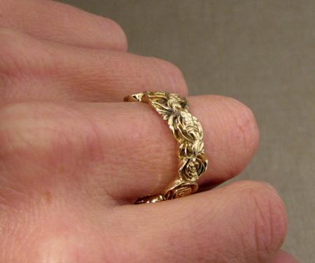 18K crucifix + rose ring