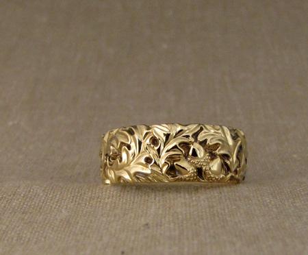 18K hand-carved oak leaf band