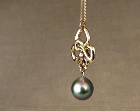 art nouveau snake pendant + Tahitian pearl 14K