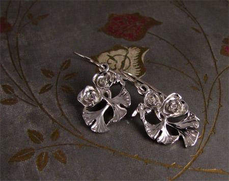Hand-carved rose ginkgo bee pendant + earrings, 14K
