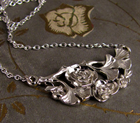 Custom carved rose-ginkgo-honeybee pendant in 14K gold