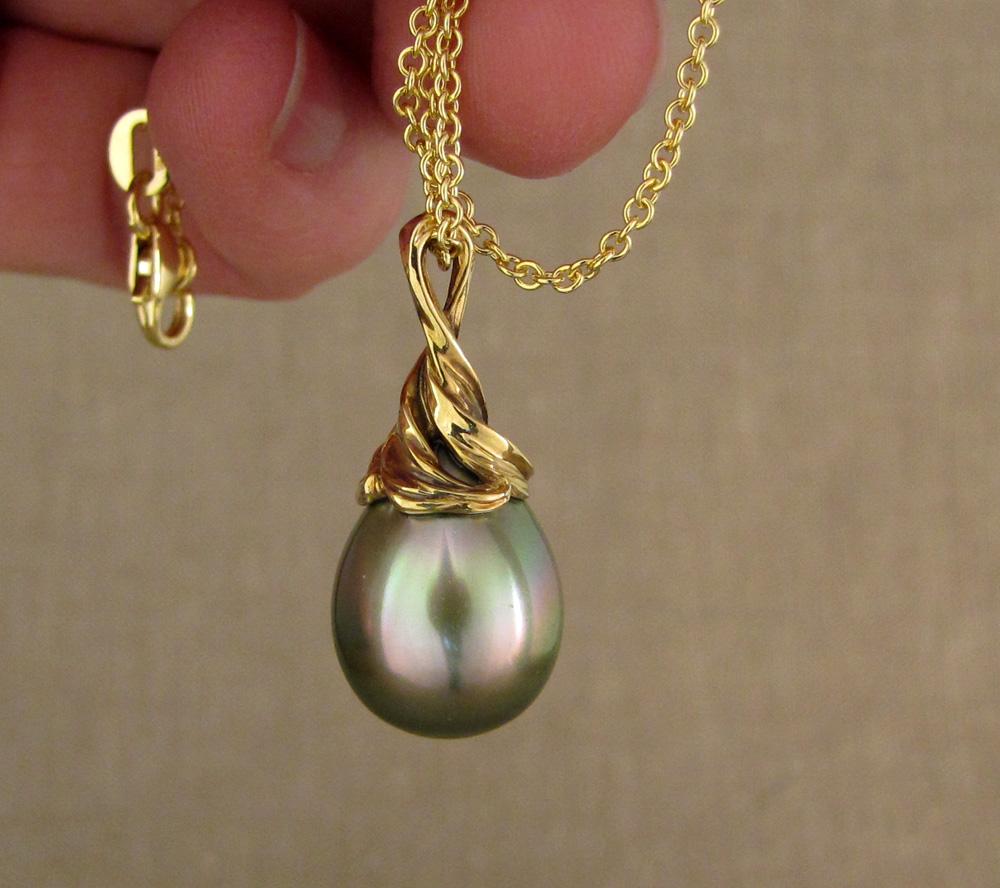 Custom carved Tahitian pearl pendant, 18K