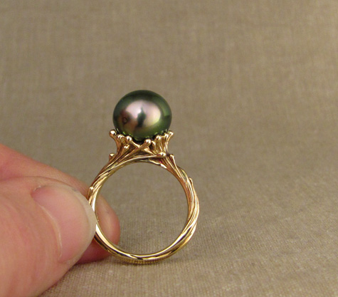 Tahitian Pearl Solitaire - 14K hand-carved sea tendril design
