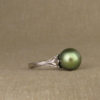 intense green pearl solitaire