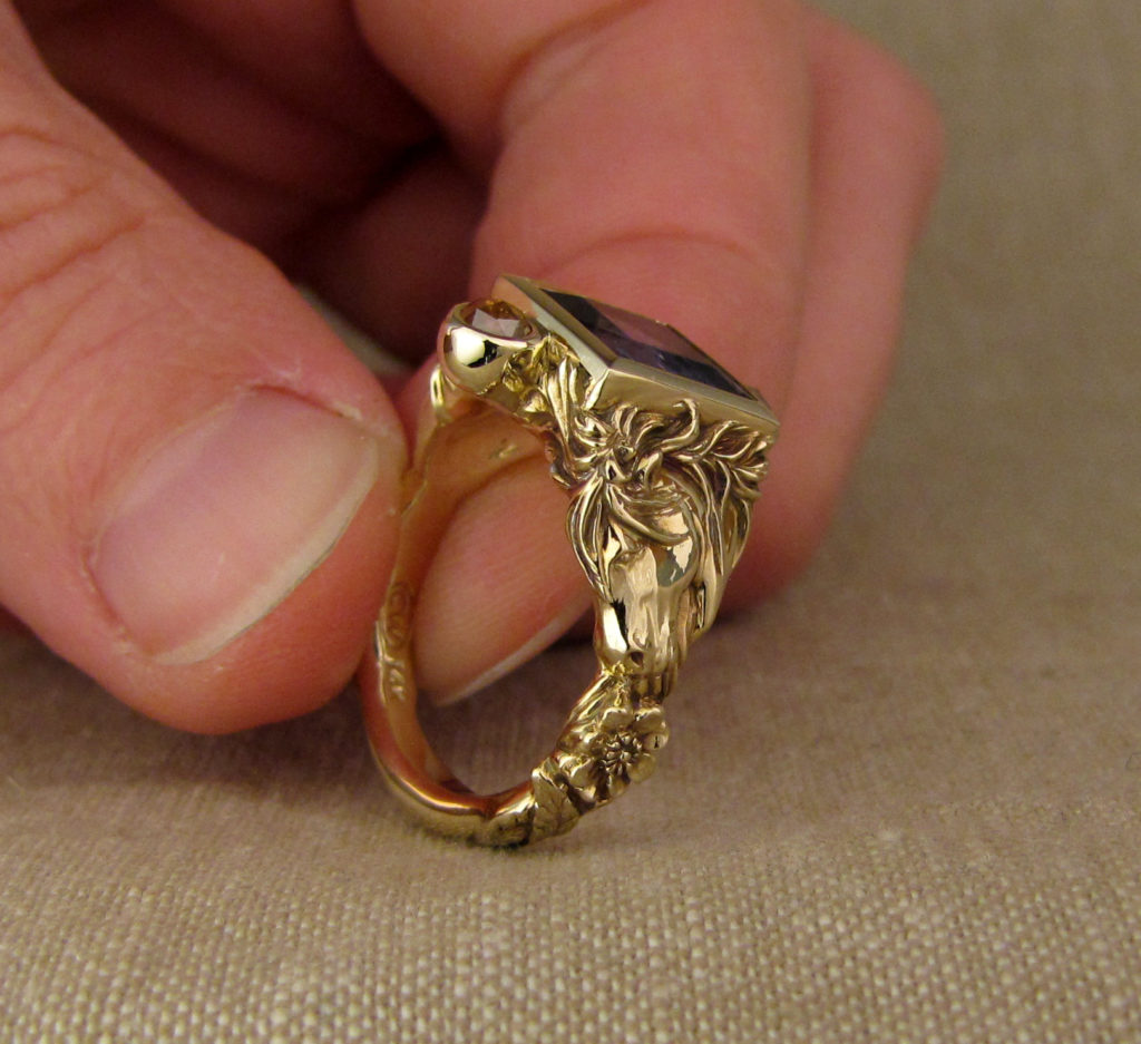 Custom designed & hand-carved Icelandic horse ring, Tanzanite and diamonds, 14K gold