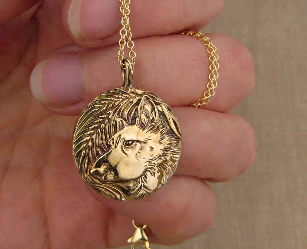 Hand-carved Husky mix dog portrait pendant, 14K gold