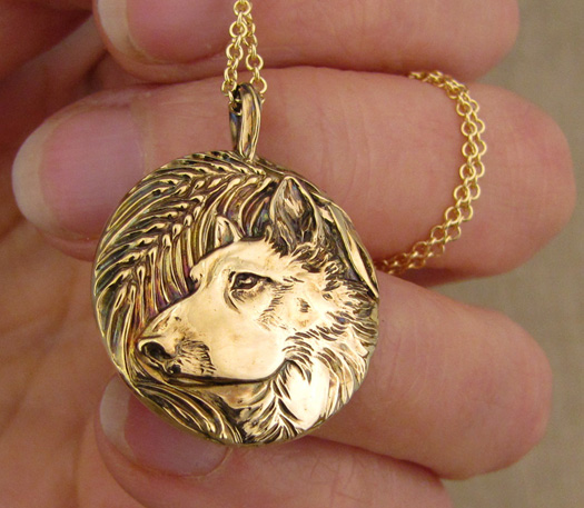 Hand-carved Husky mix dog portrait pendant, 14K gold